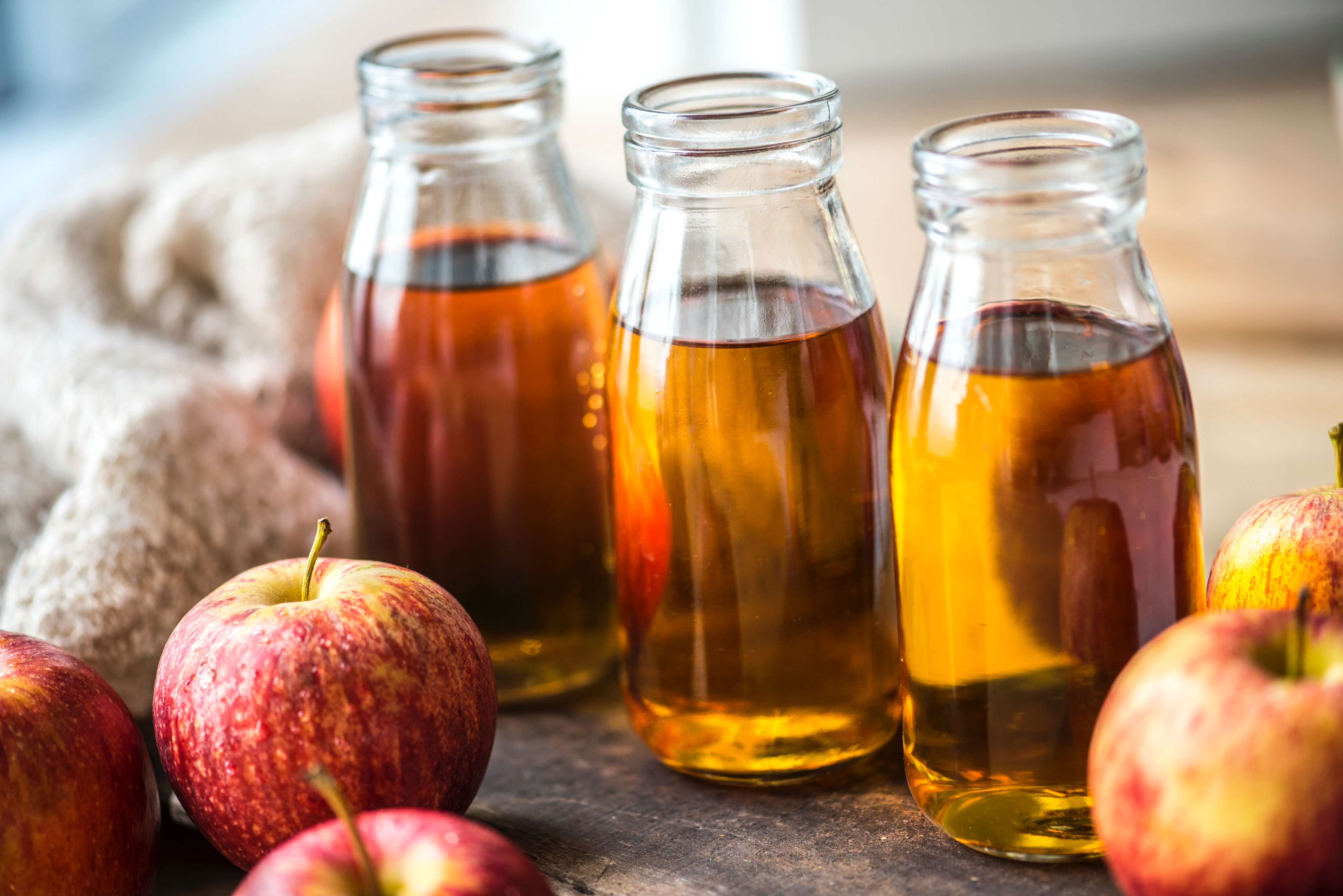Apple Cider Vinegar – Does It Live Up To The Hype?